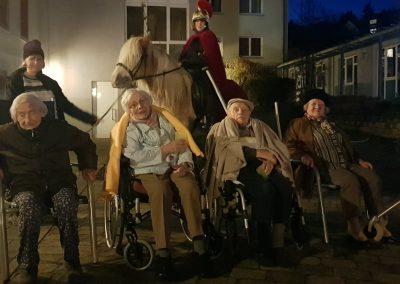 Sankt Martin und sein Pferd mit unseren Bewohnern